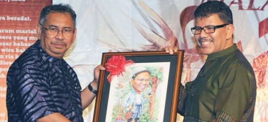 Konvokesyen ke47: Malam Puisi Riong UTM 2011 bawa tema Lestari Alam