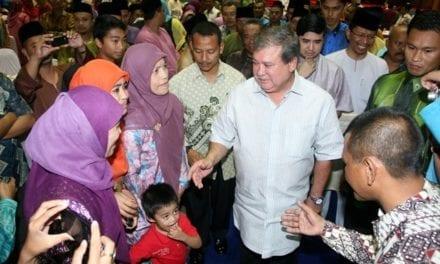 DYMM Sultan Johor rai peserta Konvensyen Antarabangsa Bugis Diaspora di UTM
