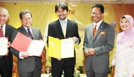 UTM appointed 3 Resident Writers to enrich knowledge culture