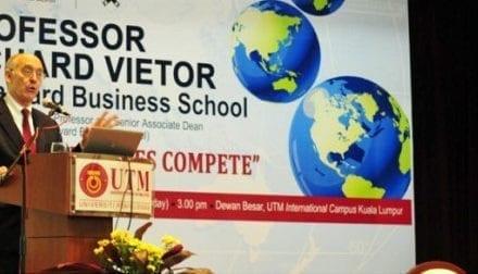 Harvard Business School Professor Delivers Premier Lecture in UTM