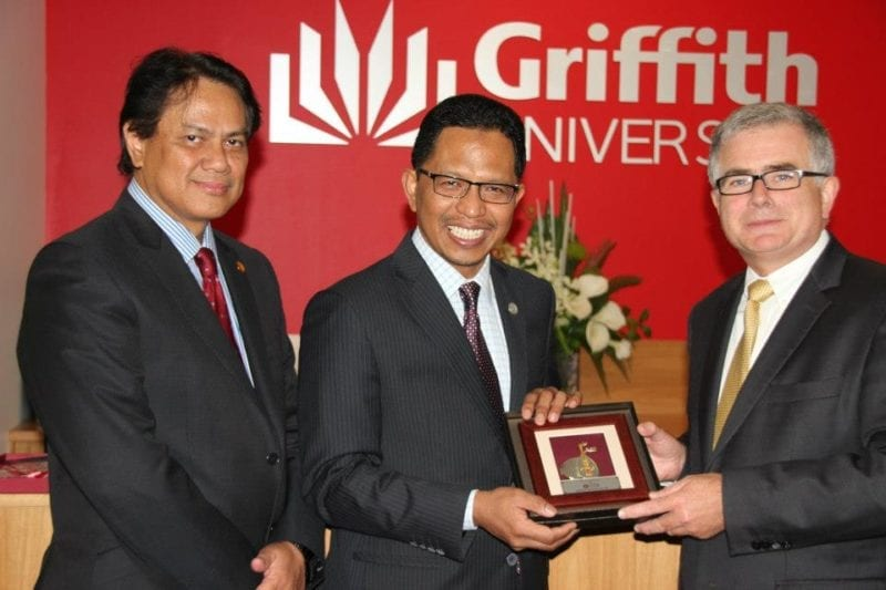 VC of UTM led delegation to Griffith University in Gold Coast, Australia