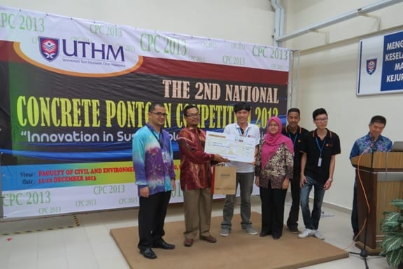 UTM-FKA grabbed three prizes from Concrete Pontoon Competition 2013