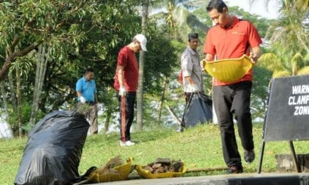 120 Kakitangan PHB Sertai Gotong Royong Perdana: Tunai Janji Kepada Universiti