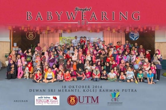 Participants of UTMCTC Babywearing 101 workshops after the completion of their course held at Dewan Sri Menanti, Kolej Rahman Putra.