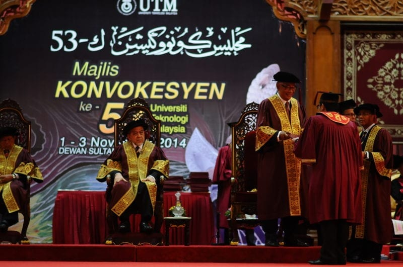 Two Graduate On Time from the UTM PhD Industry Programme