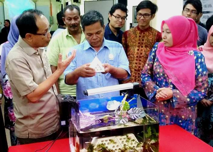 UTM to Construct Artificial Fish Reefs to Enhamce the Livelihood of Mersing District Fishermen