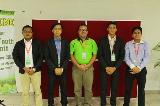 The UTM 'YaHijau' newly appointed ambassadors of Green Foundation after the appoinment ceremony held at KL Convex.