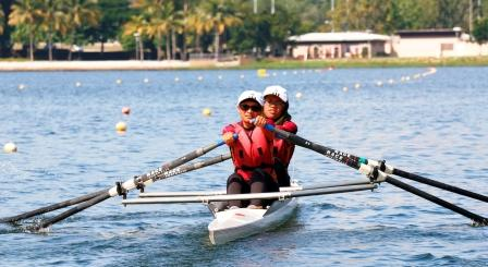 UTM Rowing and Kayak Teams Emerged Champions at MASUM Water Sports Carnival 2015