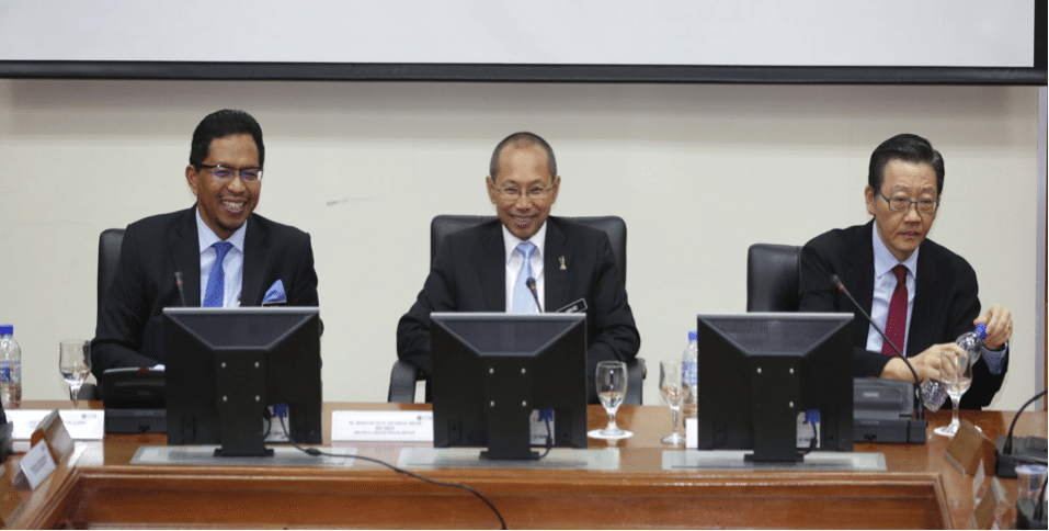 'Economic Outlook: The Way Forward for Malaysia' Talk an Eye-Opener