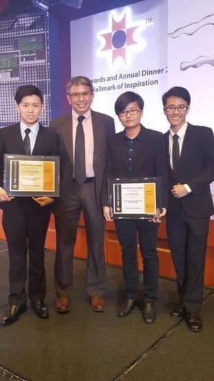 UTM students winners after the award handing ceremony