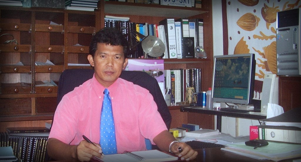Congratulations to Prof. Dr. Mohd Ghazali, new Dean of UTM Faculty of Chemical and Energy Engineering