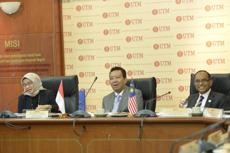 Delegation from the Indonesian Ministry of Administrative Reform visit to UTM