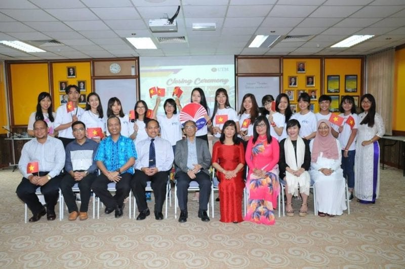 Phu Yen University students visit Faculty of Education UTM