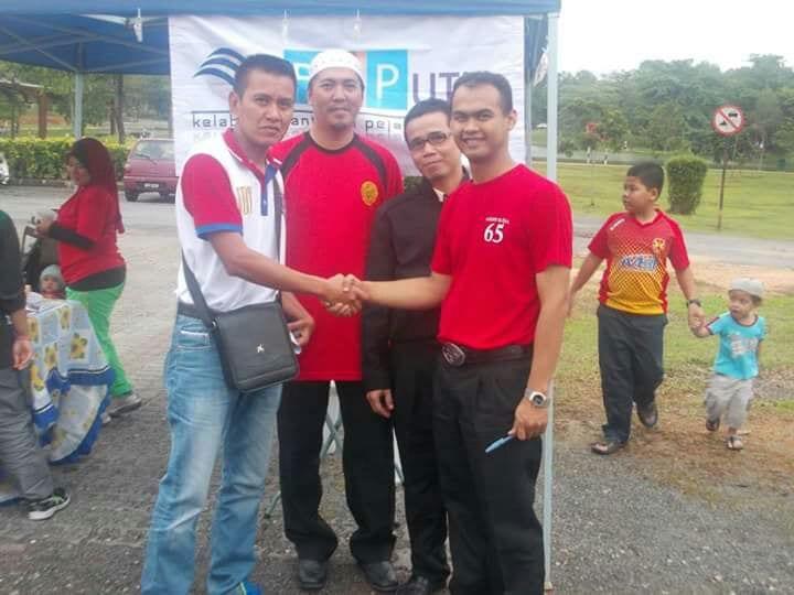 KPAP sumbang RM 21,600 kepada UTM hasil urus pasar malam