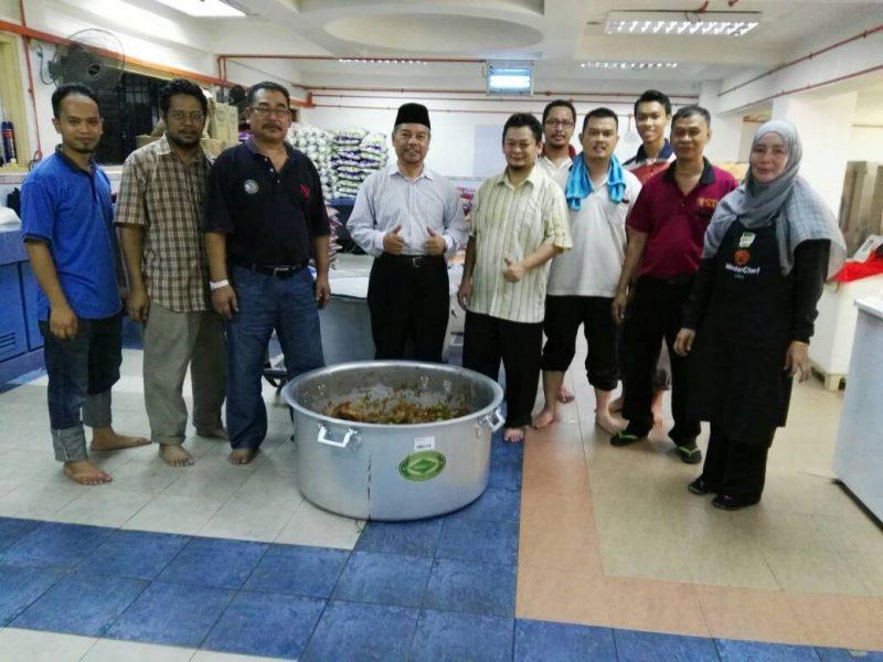 AMTEC sumbang mesin proses air untuk berbuka puasa