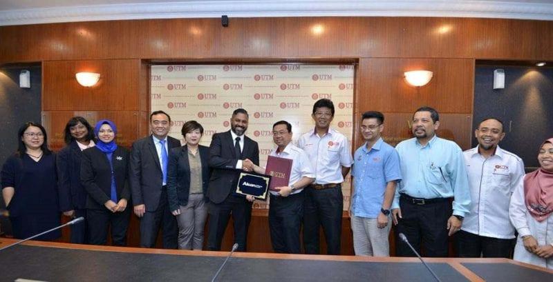 UTM-Alcon tandatangan MoU bernilai RM 1.8 juta