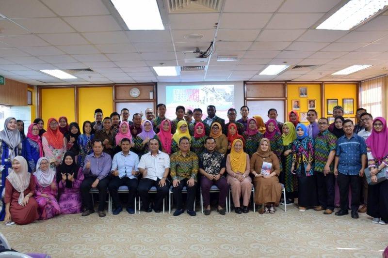 Kolokium Penyelidikan Dalam Pendidikan 2018 Antara Universiti Teknologi Malaysia (UTM) dan Universitas Negeri Makassar (UNM) Indonesia