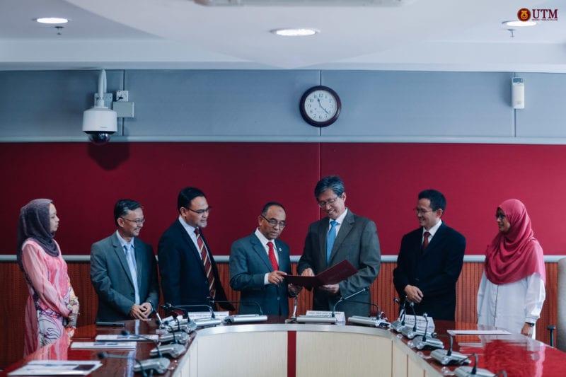MoU between UTM Kuala Lumpur and ATSB (M) Sdn Bhd.