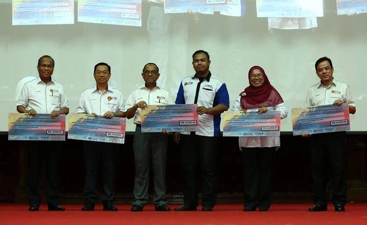 MPPUTM sumbang RM50,000 kepada universiti