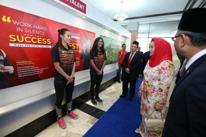 Pow Mei dan Nurfariha meriahkan pameran UTM Global Talent