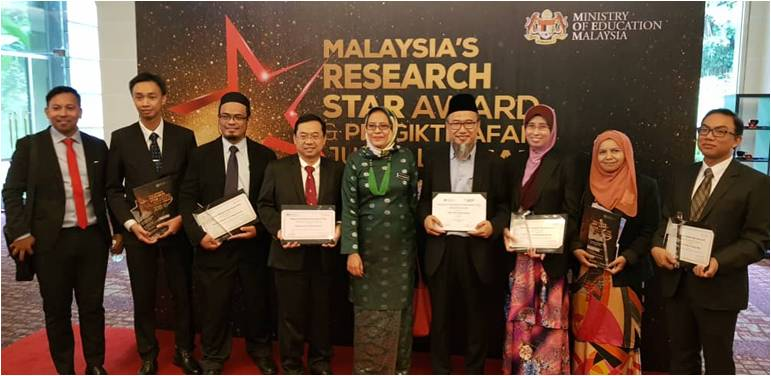 UTM Researchers Honoured at Malaysia Research Star Award 2018