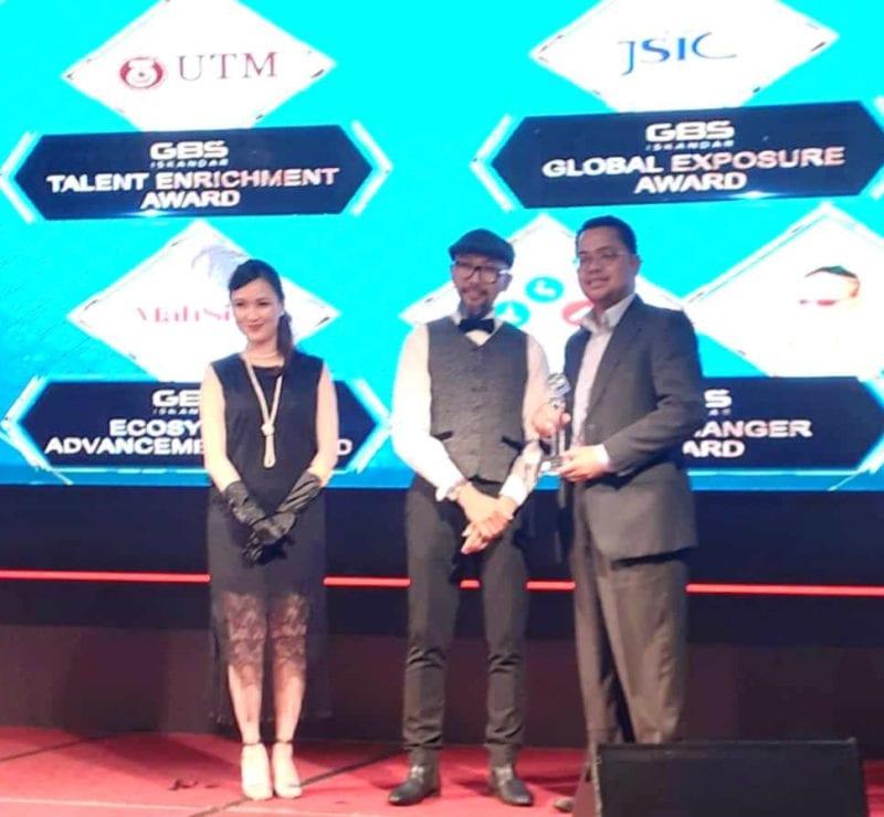 UTMCC receives the GBS ISKANDAR – Talent Enrichment Award