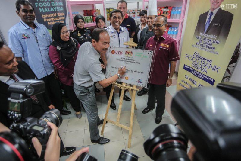 KSN Lancar Food Bank Siswa UTM