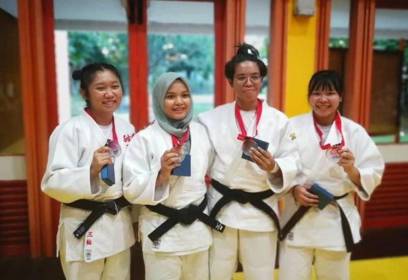 Pelajar 5ETP UTM, Nik Norlydiawati Raih Emas Kejohanan Judo Kebangsaan