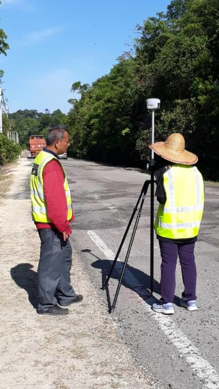 PTRG SKA – JKR Mersing Collaboration : On-Site Pavement Damage Assessment at Jalan Tanjung Resang