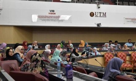 """Dana KTP-RIG Pusat Jaringan Komuniti dan Industri Menyokong Agenda """"Universiti untuk Masyarakat"""""""