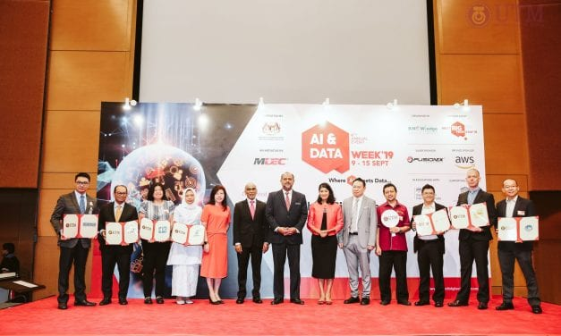UTM 2u2i SHINES AT MDEC AI AND DATA WEEK 2019