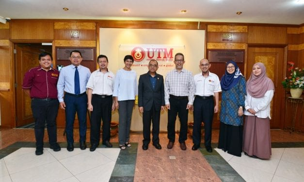 UTM received a courtesy visit from Malaysia Digital Economy Corporation (MDEC)