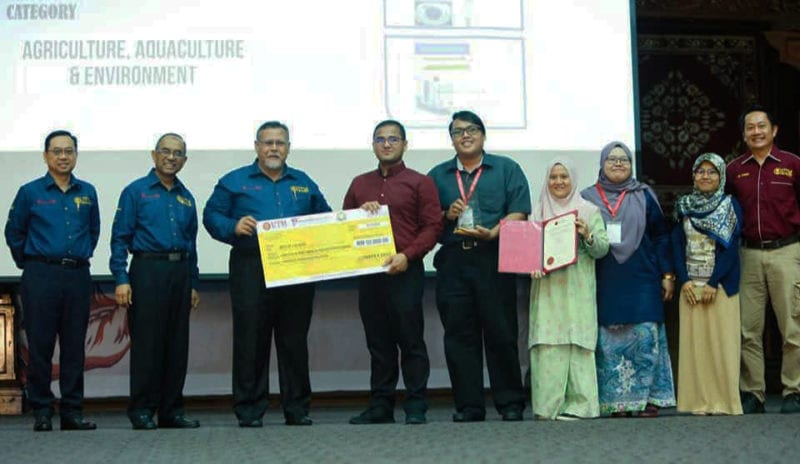 Dr. Hafiz Dzarfan Dinobat 'Best of the Best' Innovate Johor 2019