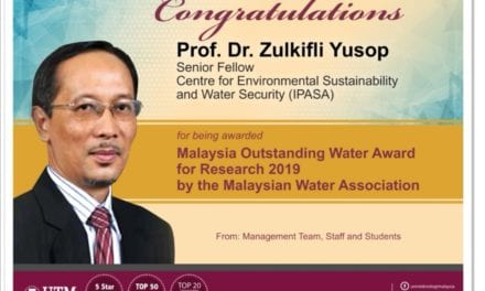 Prof Dr Zulkifli Yusop awarded Malaysia Outstanding Water Award for Research 2019