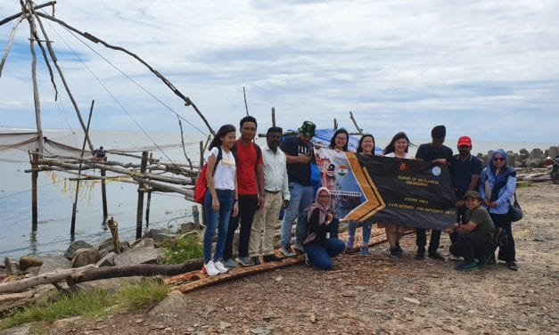 Mechanical Engineering students at the historical coast of Malaybar