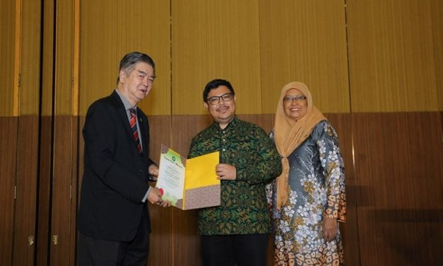UTM Expert Won Malaysian Institute of Chemistry Citation Award