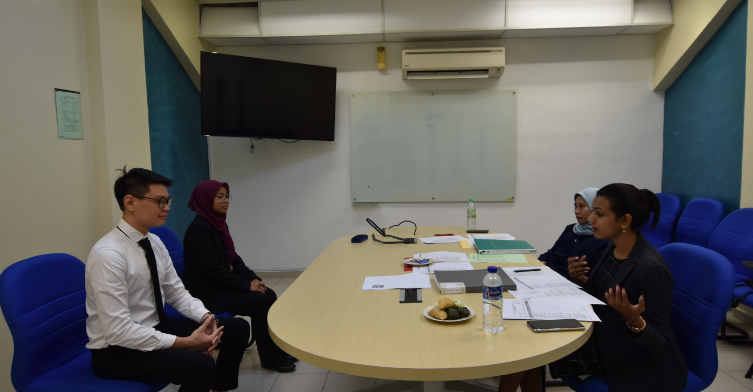 Alumni UTM dan Pihak Industri Menjayakan Program How to Get Yourself Employed anjuran SHARPS