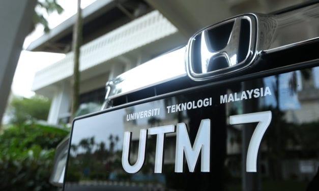 Plat 'UTM' Kini Megah Menyusur di Jalan Raya