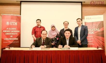 Signing Ceremony Between UTM-MJIIT & RSA (EMC Computer System, Malaysia)