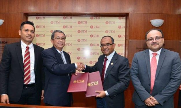 UTM- Arif Efektif tandatangani MoA kerjasama penyelidikan Produk Kawalan Bio-Lestari untuk pertanian.