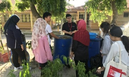 Community Work at Sungai Bunus by MJIIT and Tsukuba University Students