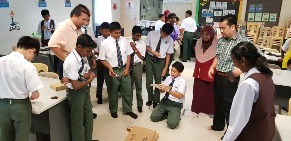 Empowering Secondary School Students in Robotics and Engineering