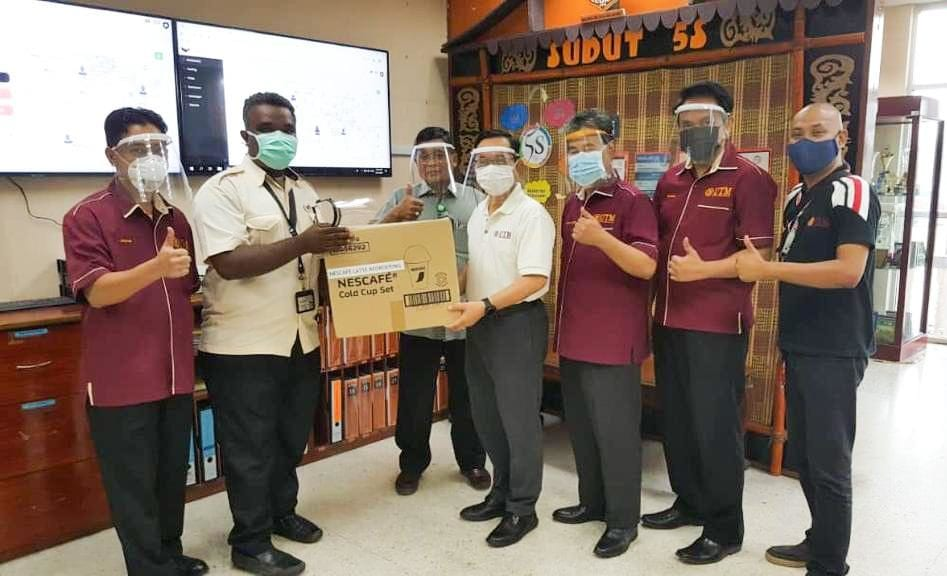 UTM Shield Distributes its 'Homemade' Face Shields to the Front Liners to Combat Covid-19