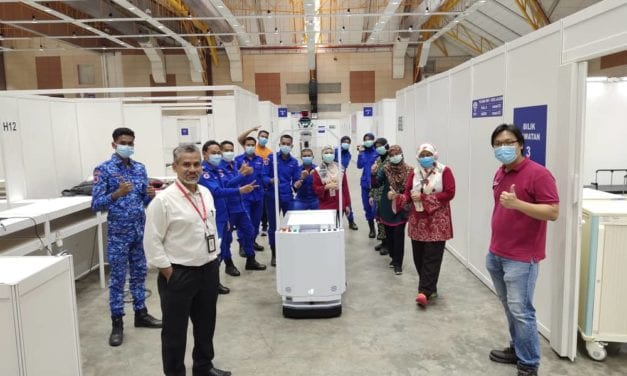 UTM & DF Produce Food Delivery Robot For Frontliners at MAEPS Temporary Hospital