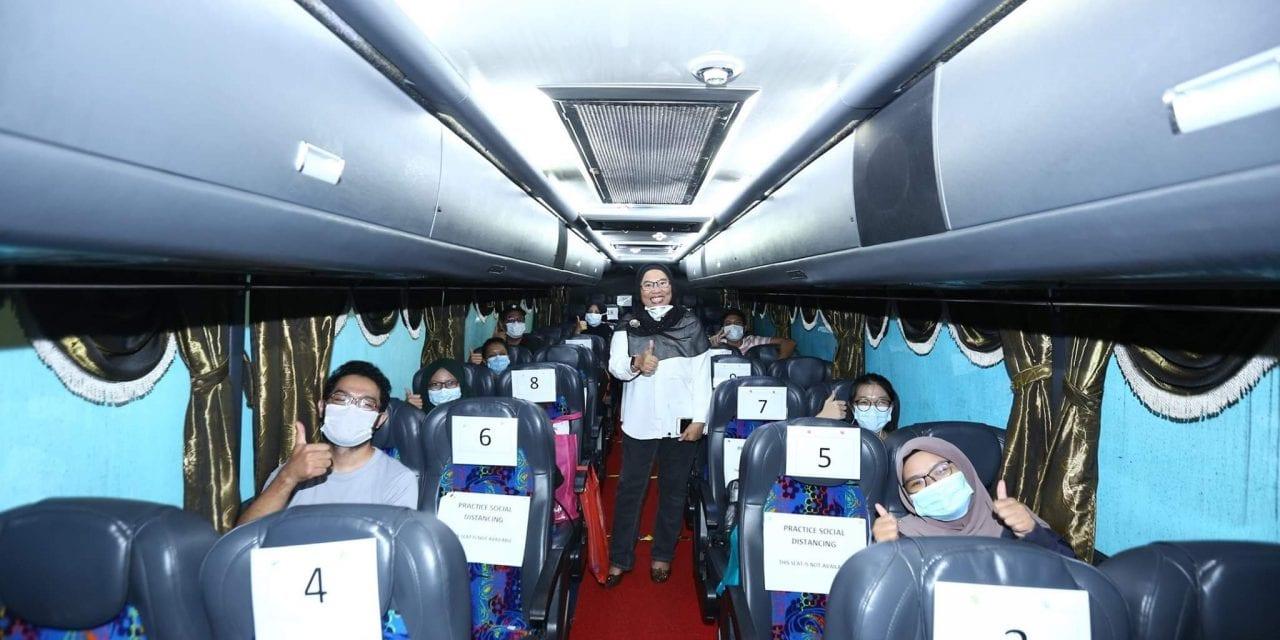 UTM Hantar 270 Pelajar Zon Tengah Pulang
