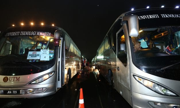 UTM Hantar 177 Pelajar Pulang Ke Kampung Halaman