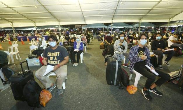 297 Pelajar UTM dari Zon Timur 'Balik Kampung'