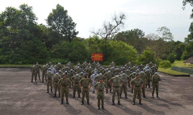 Perbarisan Penghargaan Komandan Palapes UTM Ke-5