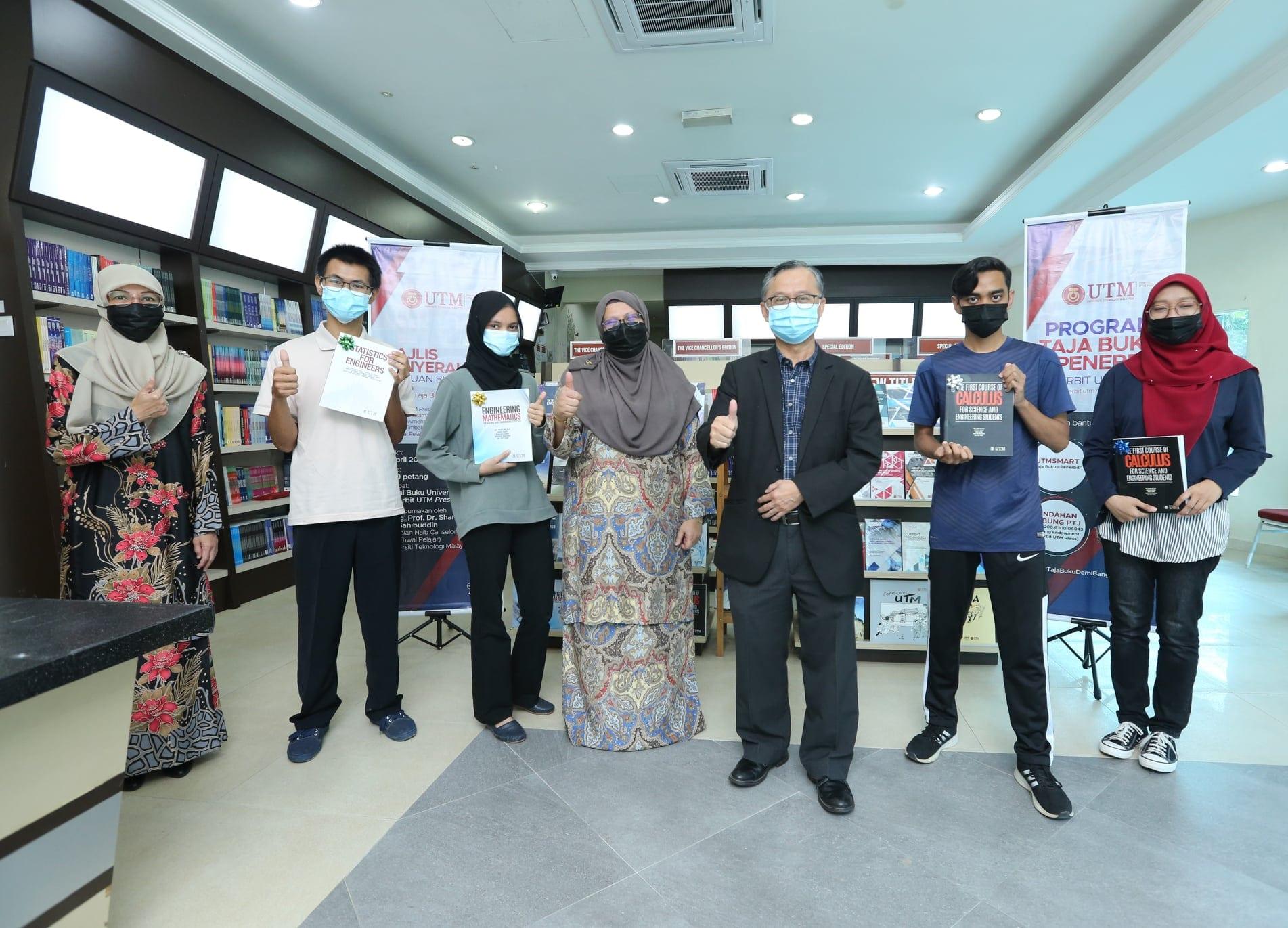Program Taja Buku@Penerbit UTM beri manfaat kepada mahasiswa B40