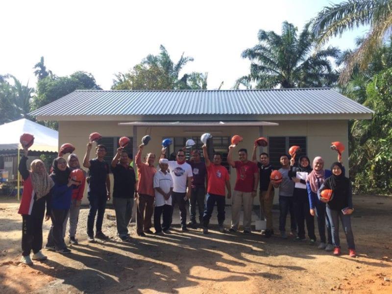 Communal voluntary works to build Rumah Ihasan Johor